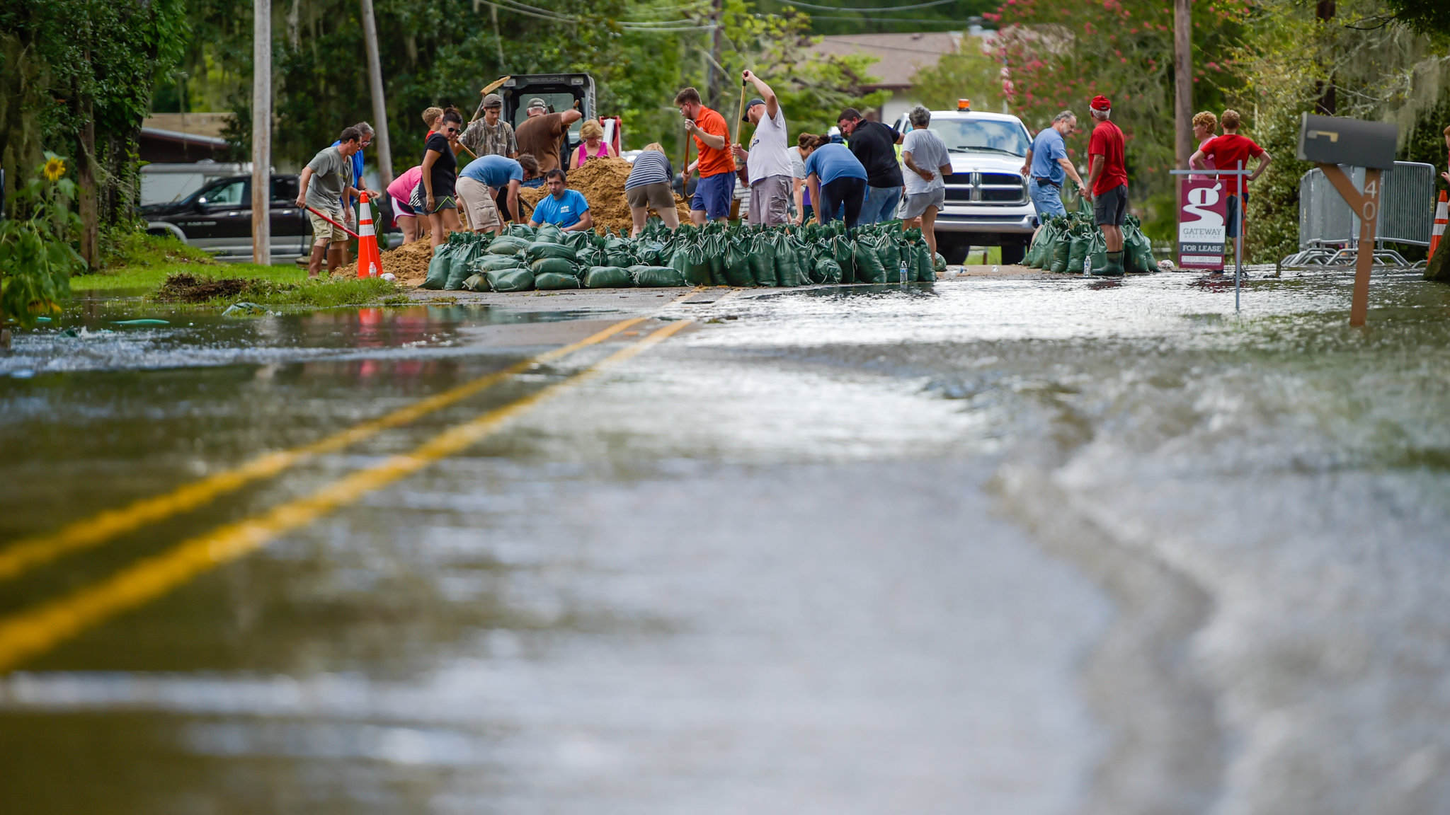 flooding During flooding state and local response agencies are the primary responders for people who are concerned about or were affected by flooding find your state emergency office or agency from fema avoid contact with flood water due to potentially elevated levels of contamination associated with raw sewage and other hazardous or toxic substances that may be in the flood water.